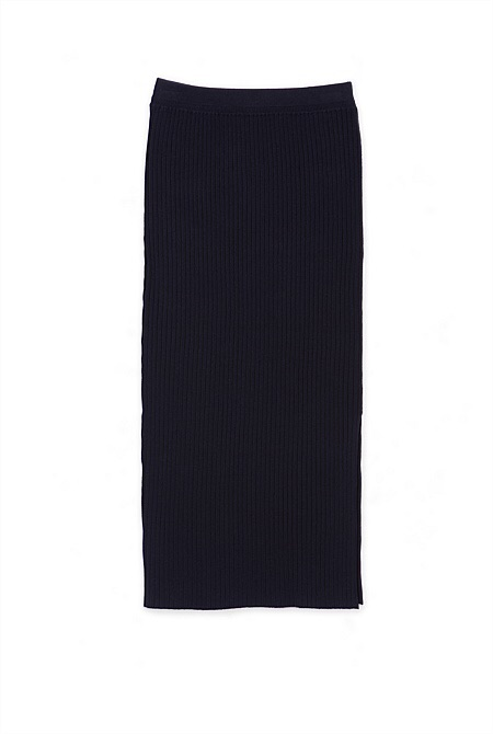 styleimprimatur_fashion_shopping_blog_country_road_navy_rib_side_splt_skirt