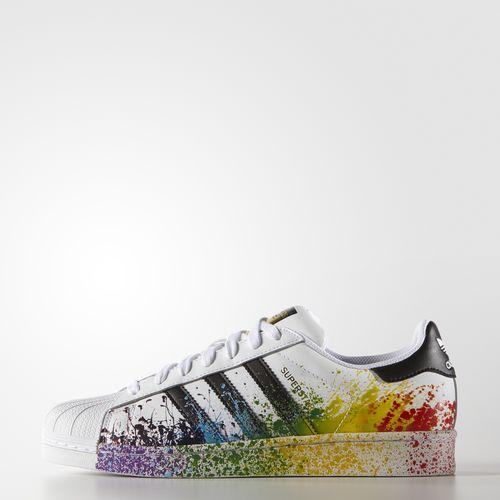 Styleimprimatur_Adidas_Originals_LGBT_superstar_Pride_outfit_Fashion_Shopping_Blog